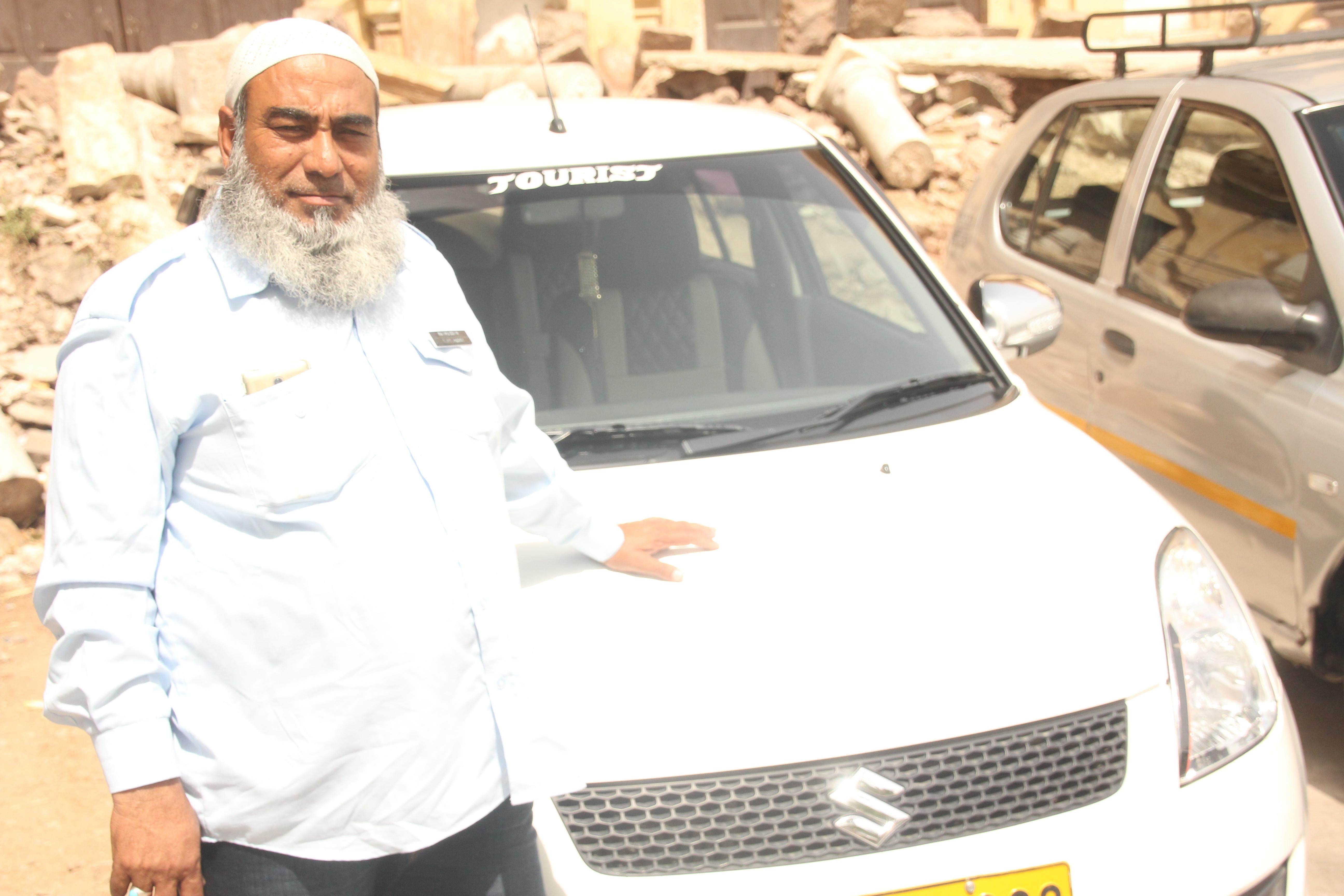 Nasz przemiły kierowca po Jaipurze (zdj. Krzysztof Bońkowski)